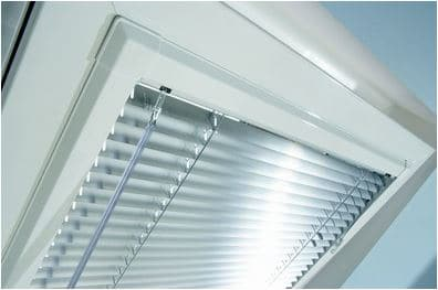 Venetian blind for UPVC windows