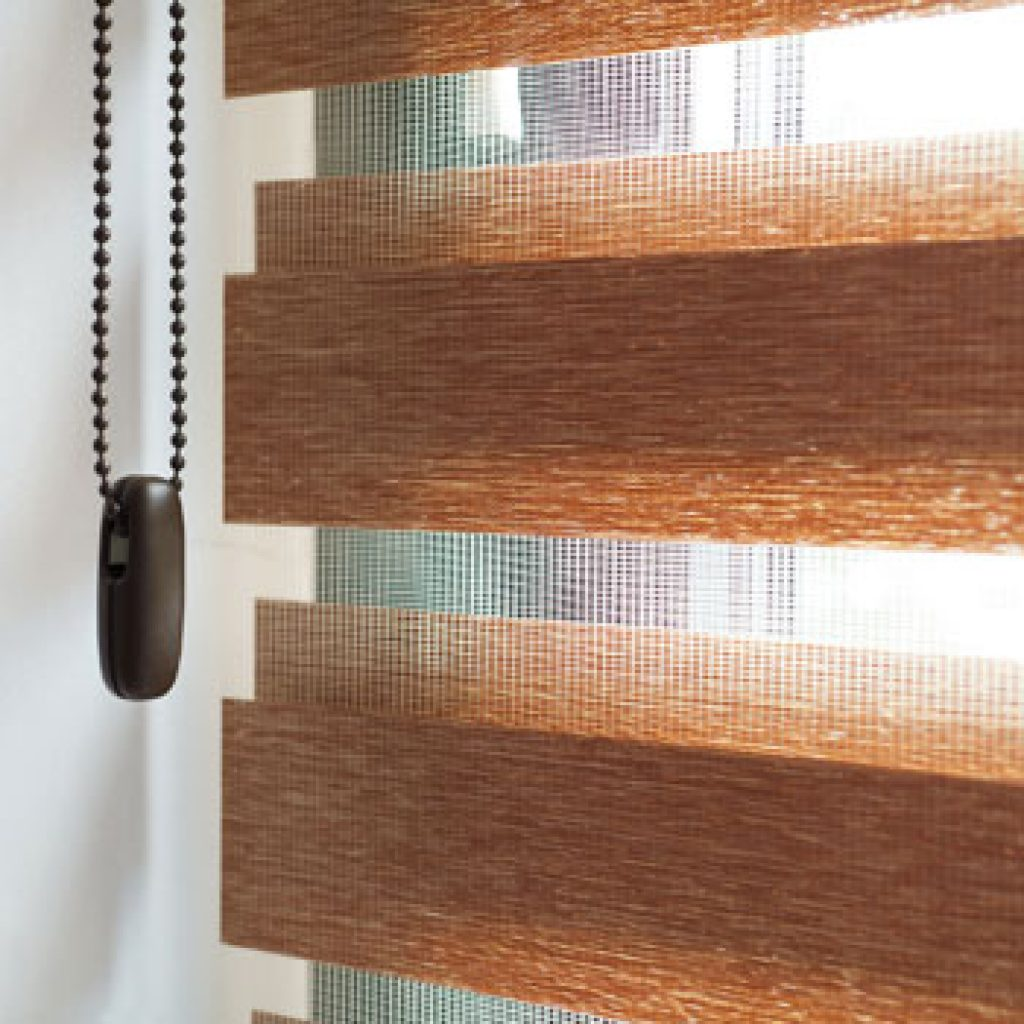 Types Of Roller Blinds : There are a few types of roller blinds we go through some